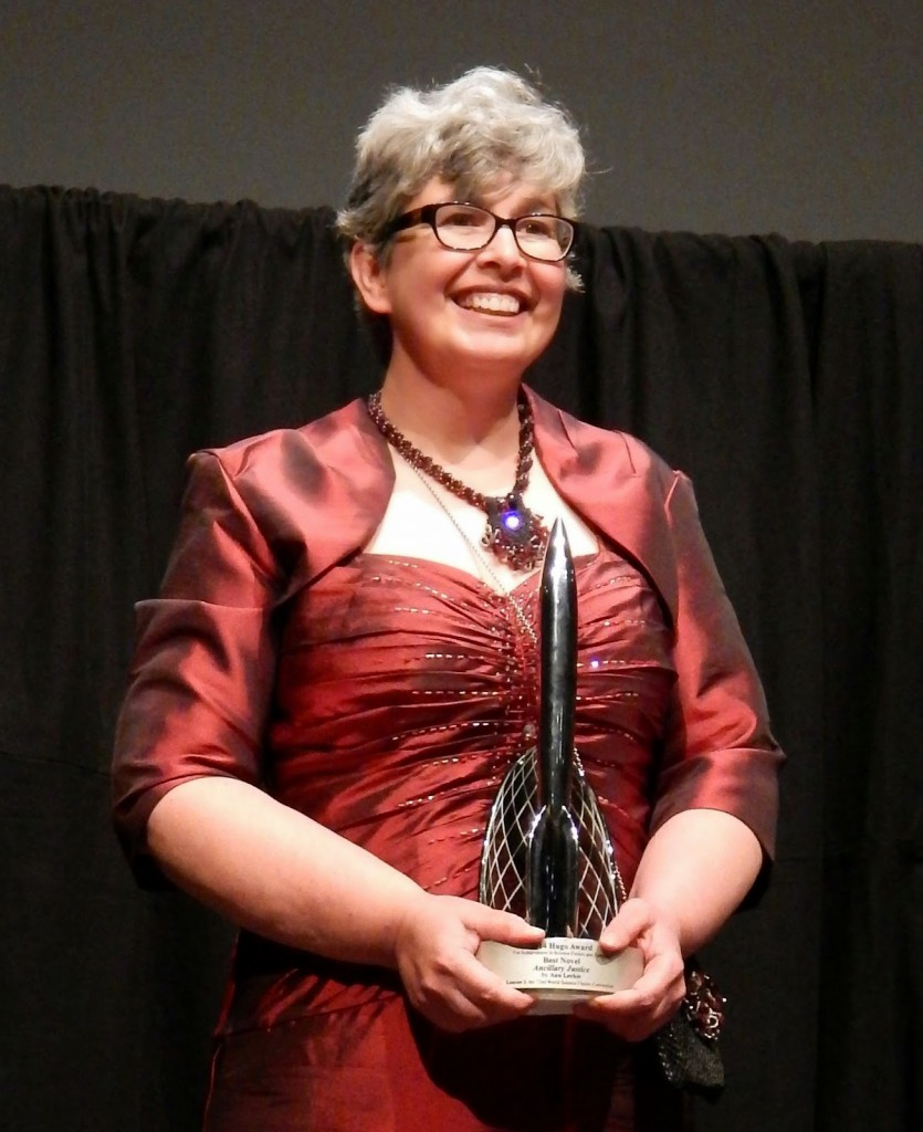 Ann Leckie receiving her Hugo at the LonCon 3 award ceremony in 2014.